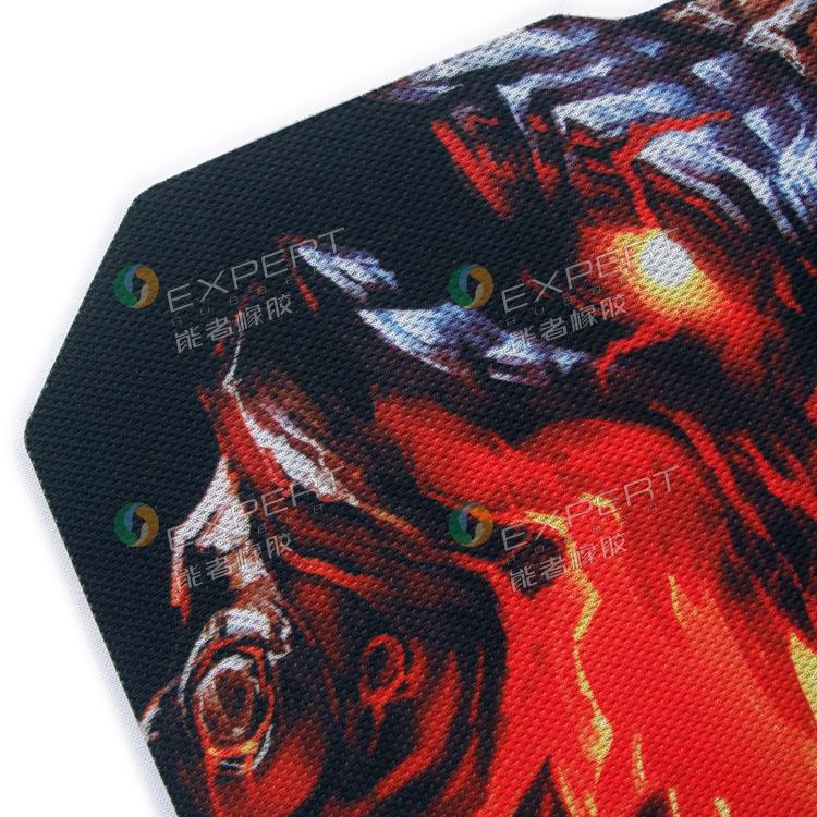 血手幽灵鼠标垫是哪个厂家的